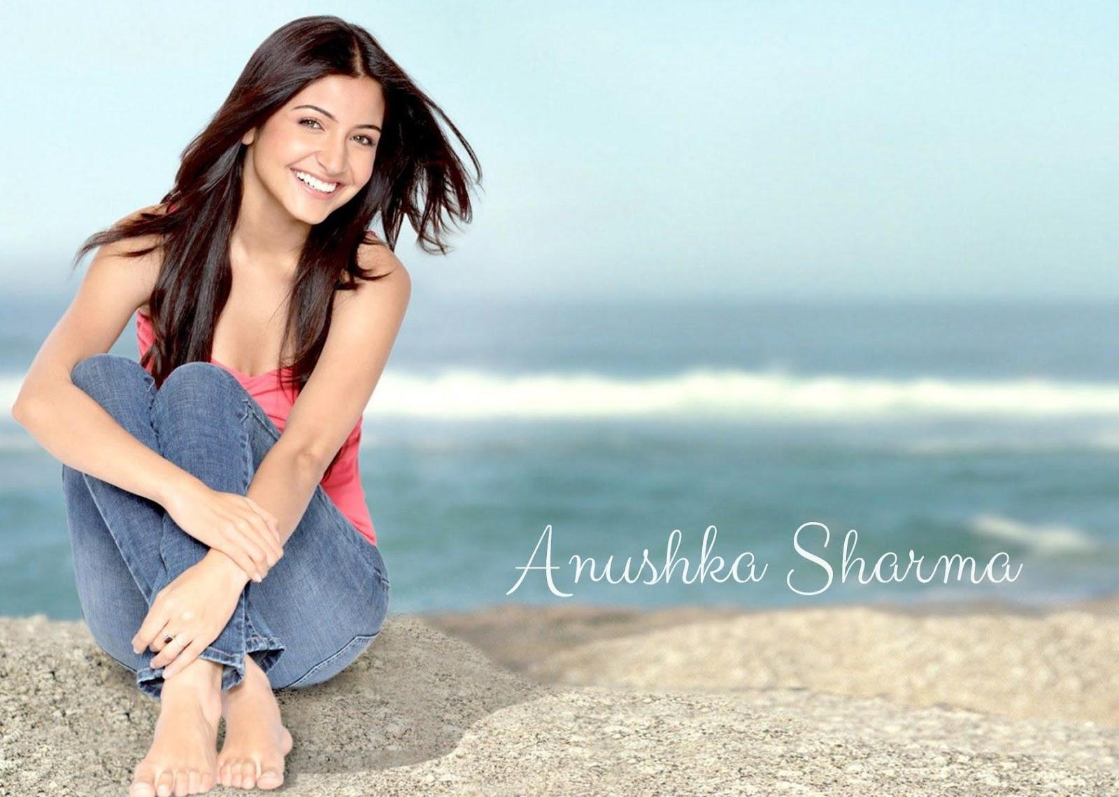 Anuskha Sharma Sexy Videos