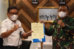 Irwan Achmadi dan John Robertho Sepakati PKS TNI-AL dan Kereta Api Indonesia