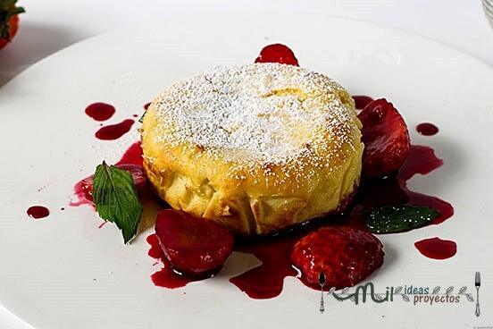 foto-portada-receta-bizcocho-fluido-queso-fresas