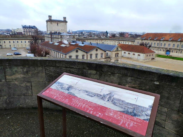 Exposition Noir Eclair Zevs Château de Vincennes CMN monument historique
