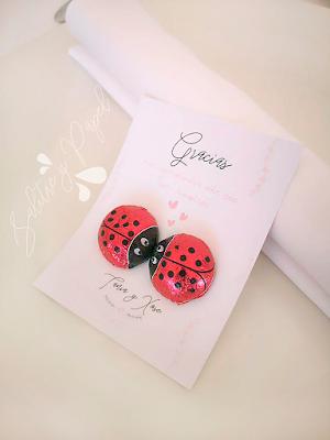 tarjeta agradecimiento invitados boda con mariquitas de chocolate