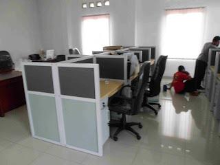 Furniture Interior Ruang Staff Ekspor Impor