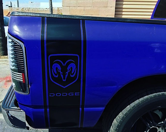 blue-dodge-ram-bedside-black-stripe