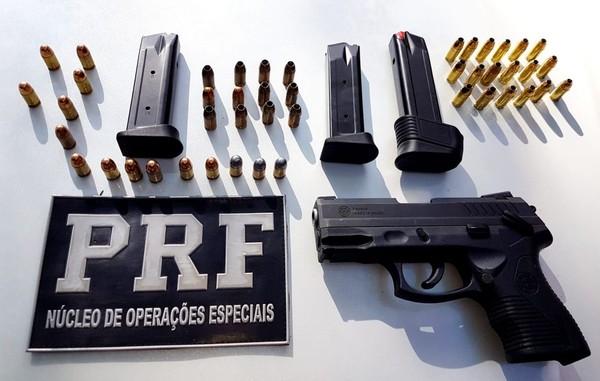 Médico é preso em flagrante por porte ilegal de arma de fogo na Grande Fortaleza