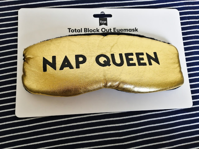 Gold eye mask from Typo