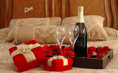 Love-Romantic-Dinner-gift-for-love-imagees