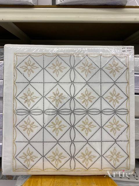 Hotfix stickers dmc rhinestone aplikasi tudung bawal fabrik pakaian rekaan geometrik kotak & bunga gold on blue lines