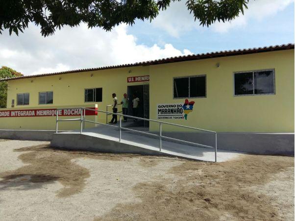 Escola reconstruída pelo governo do Estado teve investimentos de mais de R   1 milhão d3b7613916f46