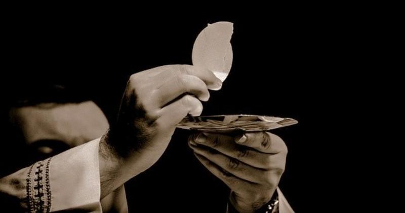4 Mukjizat Ekaristi Luar Biasa yang Pernah Terjadi di Dunia
