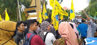 PMII Gelar Aksi Kebangsaan Didepan Mapolda NTB, Apresiasi Kinerja Penyelenggara Pemilu dan Aparat Keamanan