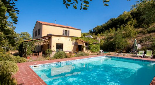 Villa with pool in Marche
