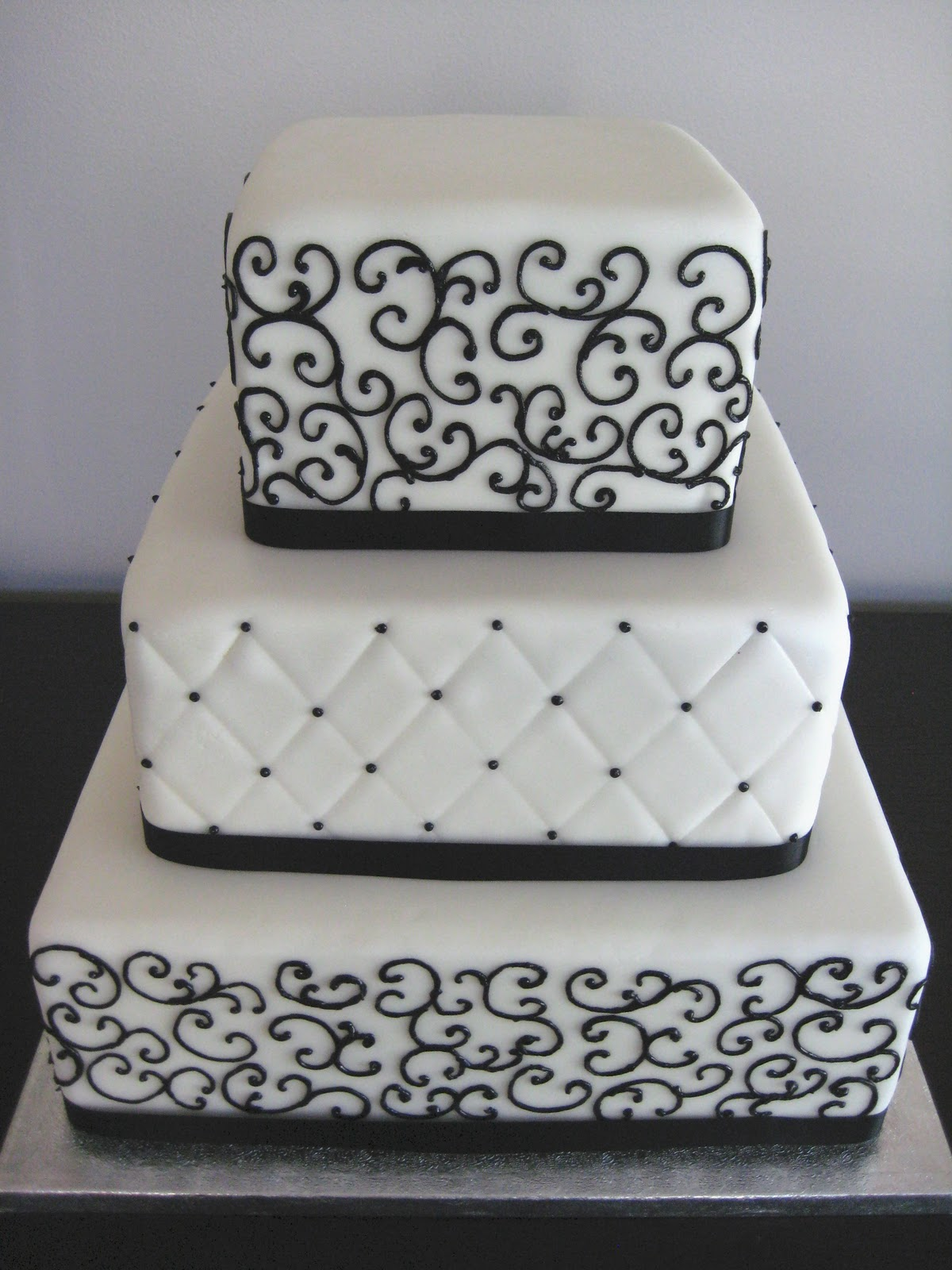 Dreamy Cakes And Cookies Wedding Cakes With Patterns And