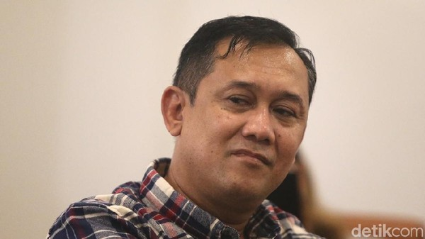 Wejangan Koalisi Jokowi untuk Denny Siregar Gegara Foto Santri