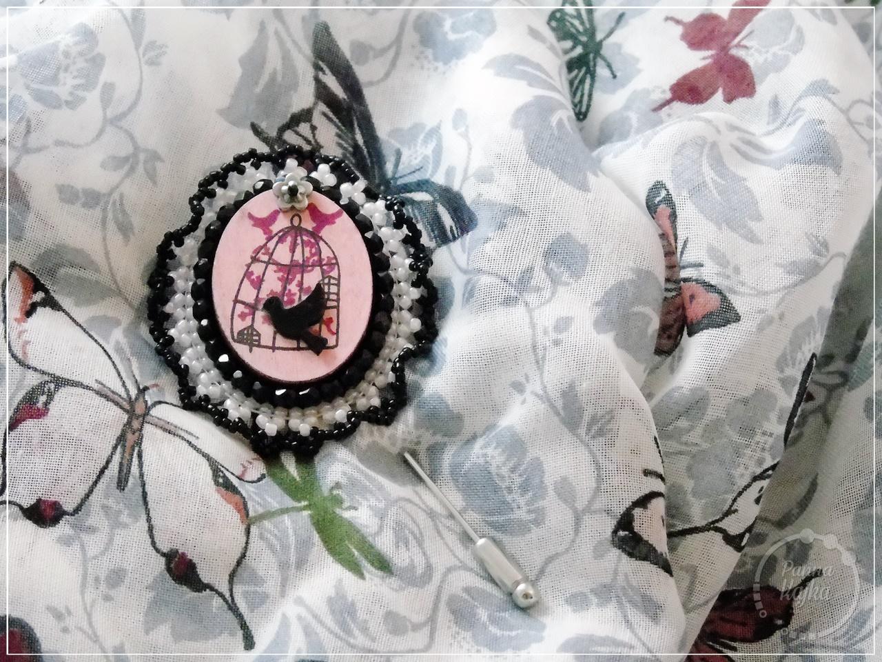 broszka, handmade, rękodzieło, biżuteria, jewellery, zawieszka, drewno, fire polish, toho round, koronka, hematyt