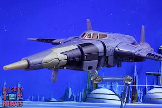 Transformers Kingdom Cyclonus 35