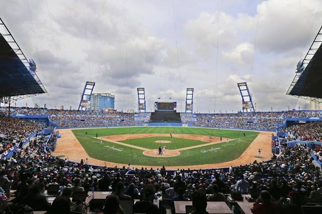 Esperemos que como en el Tampa Bay-Cuba, los estadios de Cuba puedan llenarse. La Federación debe luchar por esto