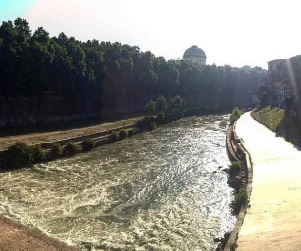 River Tiber, all water under the bridge - Aglio, Olio e Peperoncino