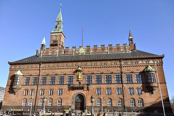 Fachada del ayuntamiento de Copenhague