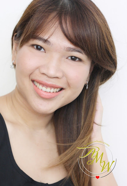 a photo of AskMeWhats wearing Sleek MakeUP True Colour Lipstick Barely There