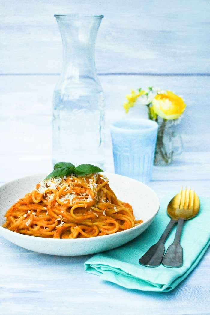Red Pepper and Olive Spaghetti in a white pasta bowl
