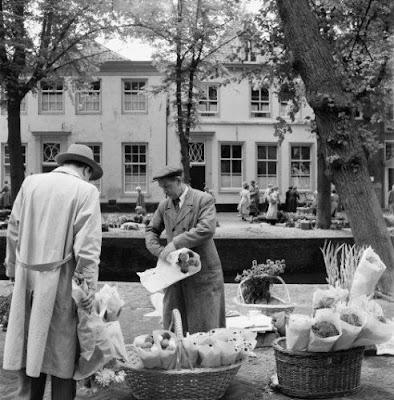 Bloemenmarkt aan Havik in Amersfoort