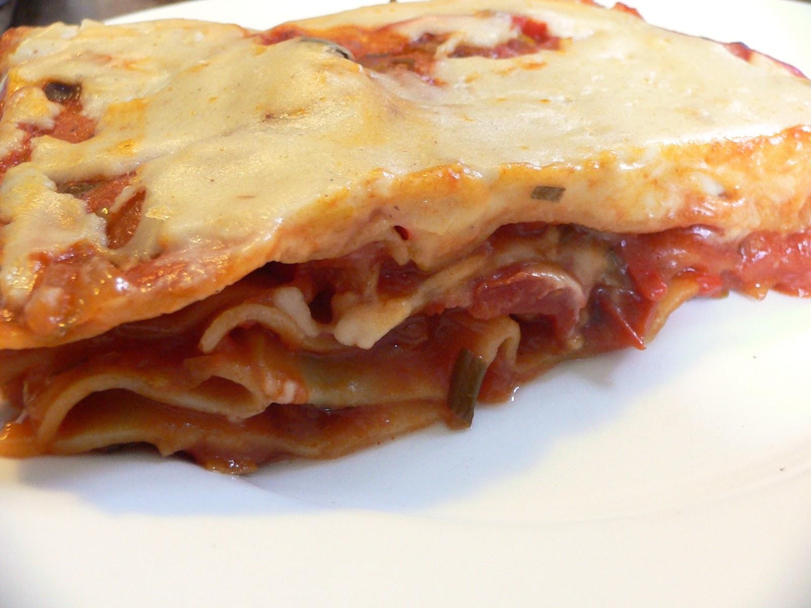 Pittige lasagne met salami en paprika
