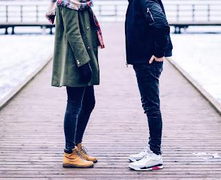Couple Hide Face DP 2019