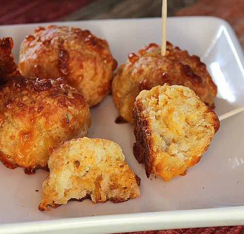 SPICY CHICKEN CHEESEBALLS #dinner #partyrecipes