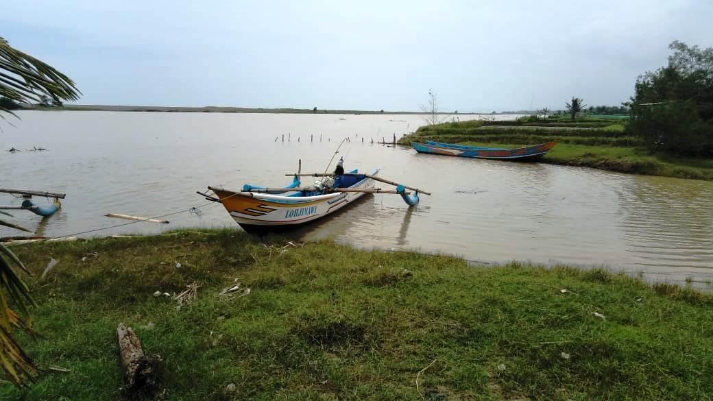 Satu Nelayan Tanggulangin Hilang Setelah Perahunya Dihantam Gelombang Tinggi