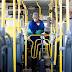 Lei determina que ônibus do DF tenham álcool gel para os passageiros