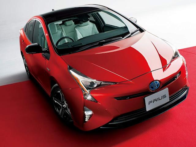 Toyota Prius comemora 20 anos com série especial - Japão