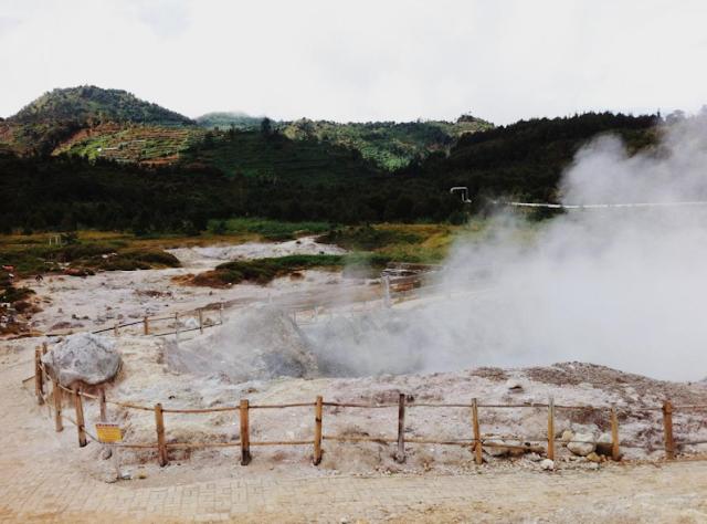 Sikidang Crater Tour