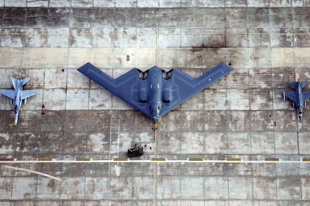 30 years B-2 test flight