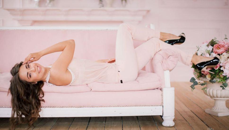 Bellia Model GlamourCams