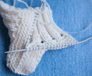 Make Your Own Baby Shoes from Knitting Wools