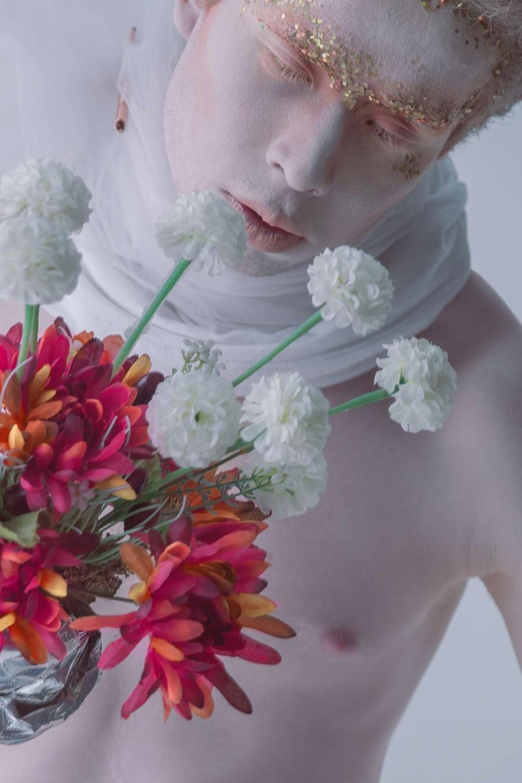 David Guerrero es una visión etérea en fotos de Pablo Salazar