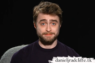Daniel Radcliffe presents at the 2016 Deadspin Awards