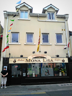 Mona Lisa restaurant building