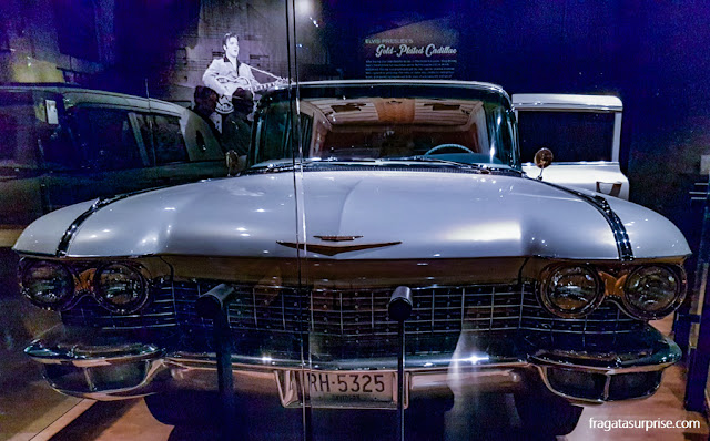 Nashville: Cadillac de Elvis Presley no museu do Country Music Hall of Fame