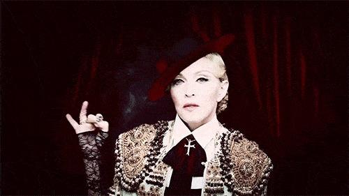 """Una Tiktoker acusa a Madonna de """"robarle su cuerpo"""" en el 2015 para promocionar su disco"""