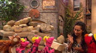 Elmo, Leela, Three Little Pigs, Sesame Street Episode 4319 Best House of the Year season 43