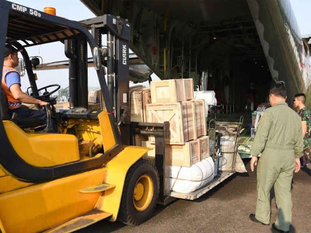 Mabes TNI Kirim Bantuan Logistik untuk Suku Mausu Ane
