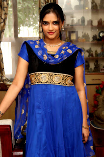 Tamil Actress Vasundra Latest Picture Gallery and Interview 0009.jpeg