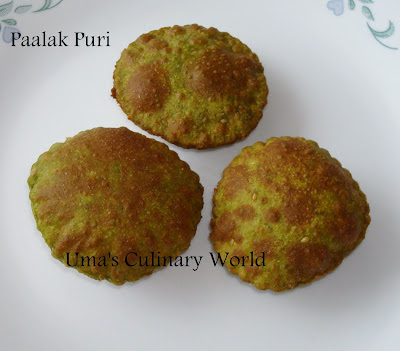 palak or spinach puri