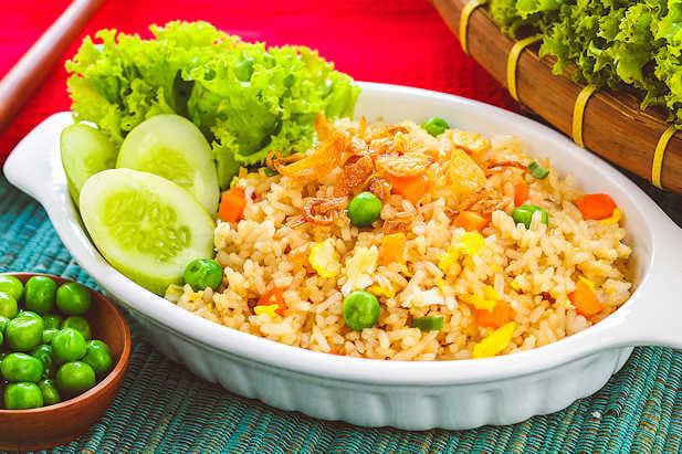 Resep Nasi Goreng untuk Obati Hipertensi, Kolesterol Tinggi, Maag & Asam Urat