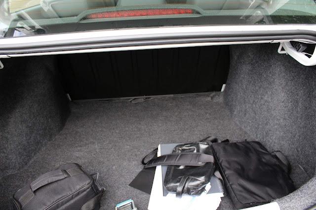 VW Voyage 2019 1.6 Automático - porta-malas