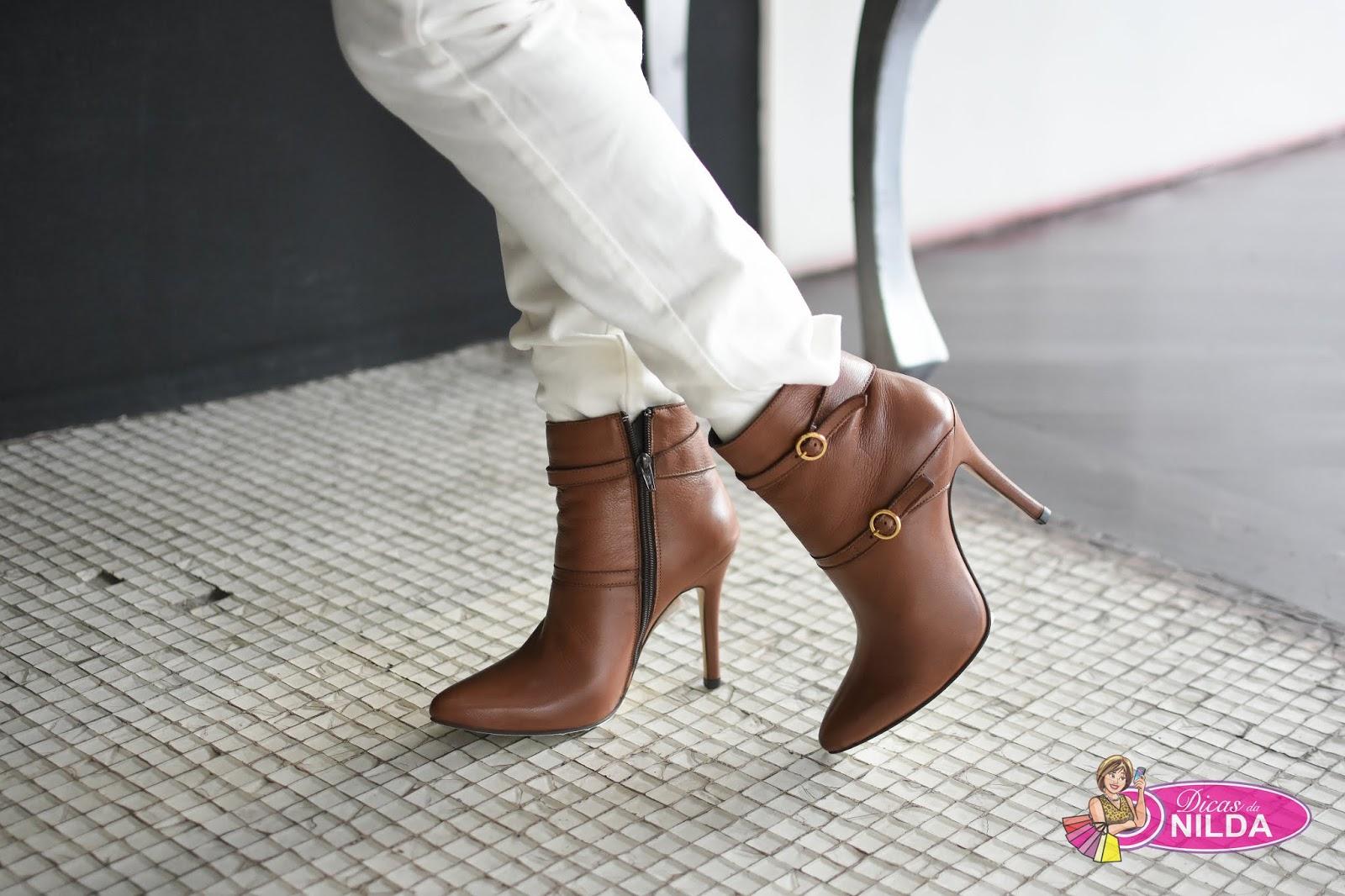 3b24c3f14 Vestido dupla face Forum. Unkle boot e sandálias Suzzara.