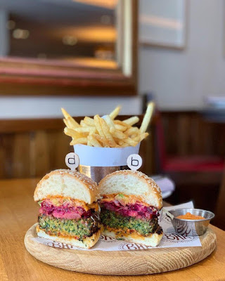 Hamburguesa del Bar Boulud en Londres