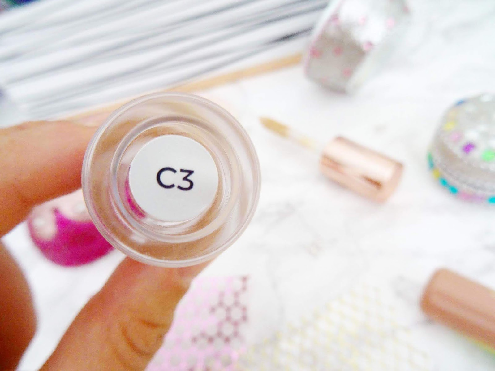 Makeup Revolutions Conceal and Define Concealer in C3