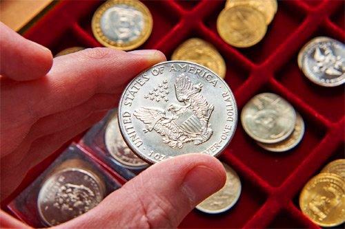 Актуальные инвестиции 2021 года: драгоценные металлы и коллекционные монеты